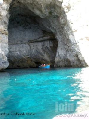 Blue-Grotto 02