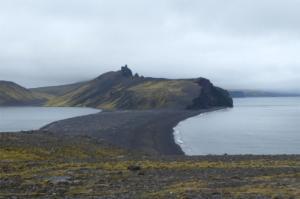 Jezioro-na-wyspie