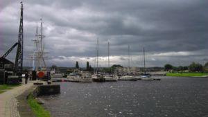 Inverness-marina-przed-Kanalem-Kaledonskim